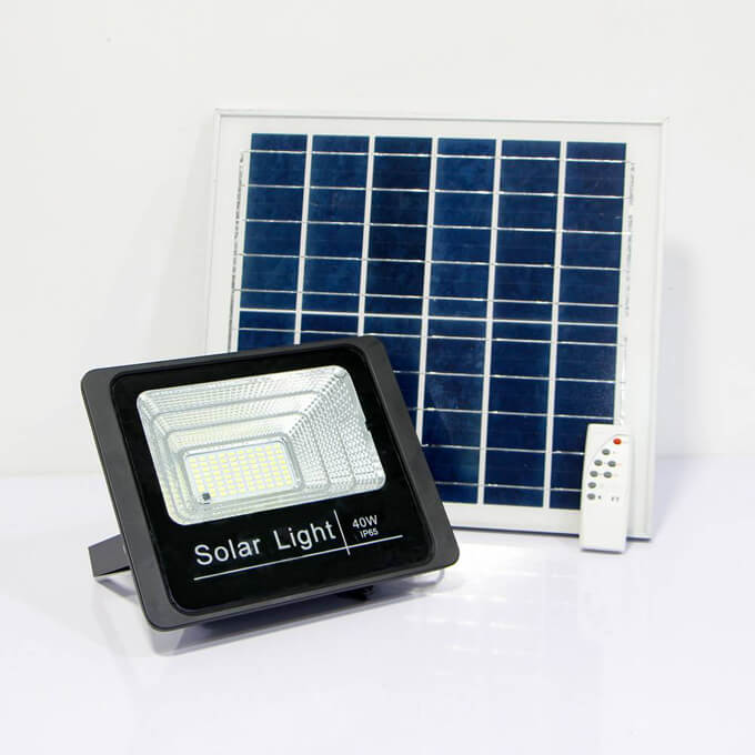 10w solar flood light-01