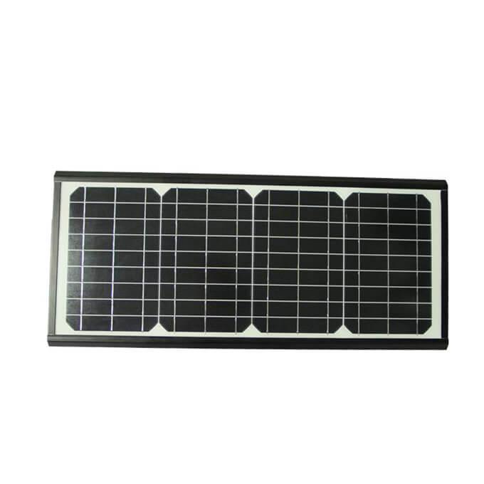 全部安装在40w太阳能LED路灯上02